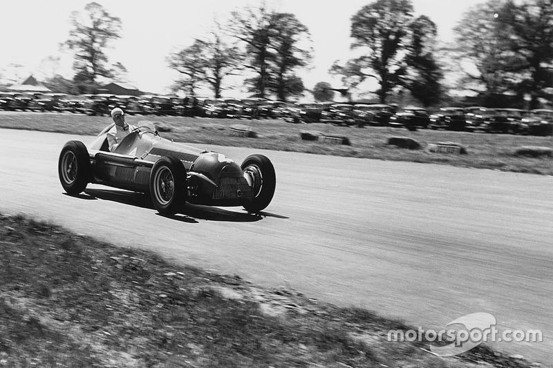 Şampiyon: Giuseppe Farina, İkinci: Juan Manuel Fangio, Puan Farkı: 3.00 (1950)