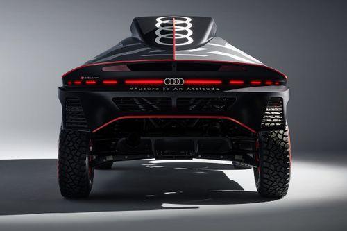 Презентация Audi RS Q e-tron