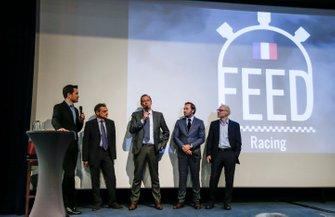 Serge Saulnier, directeur du Circuit Magny-Cours, Bertrand Decoster, PDG de Mygale, Patrick Lemarié, cofondateur de Feed Racing, Jacques Villeneuve, cofondateur de Feed Racing