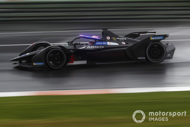 Maximilian Günther, Dragon Racing, Penske EV-3 con las nuevas luces LED del Halo