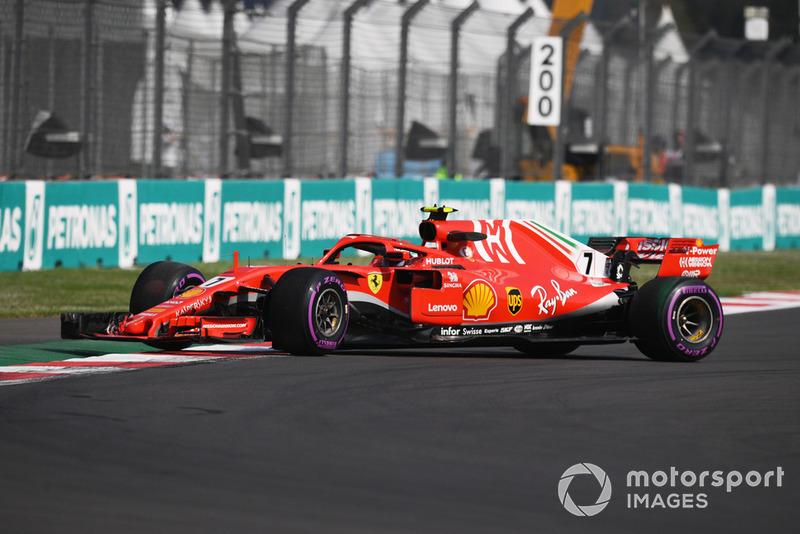 Kimi Raikkonen, Ferrari SF71H en tête-à-queue