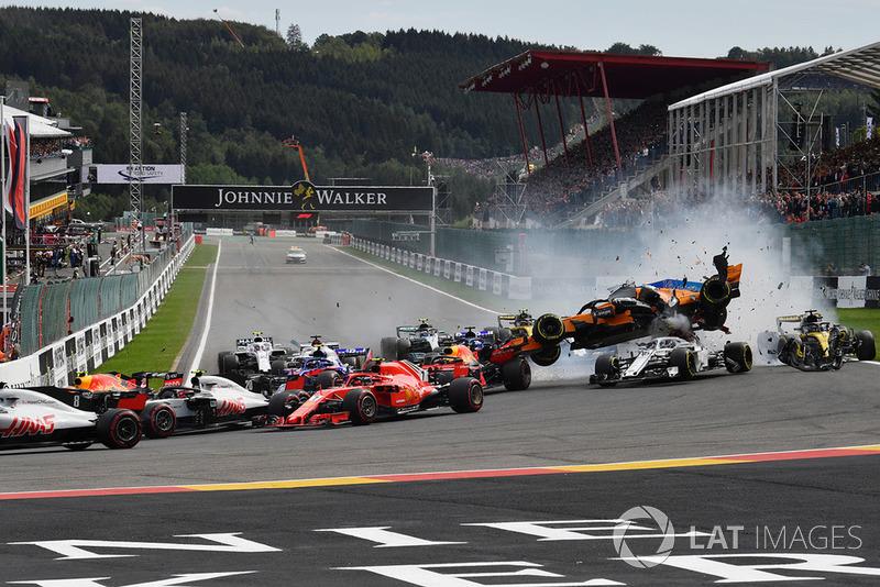 Belga Nagydíj - F1 2018 - rajtbaleset