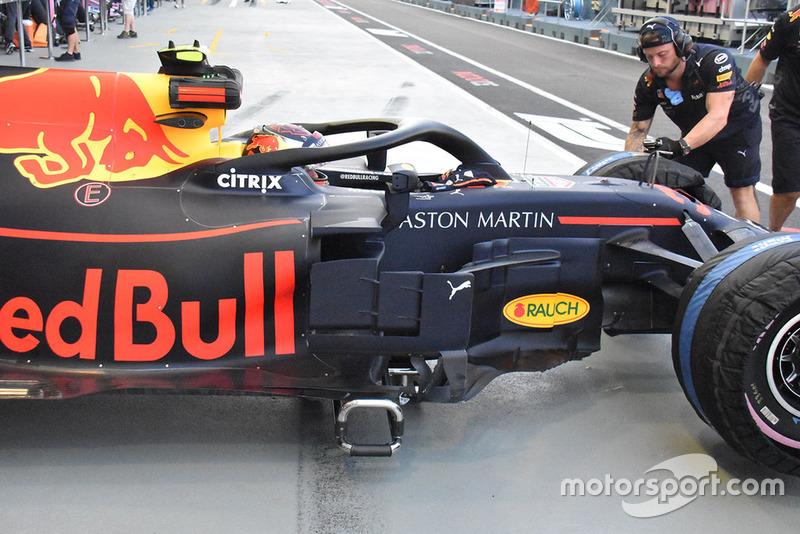 Red Bull, oldalnézet