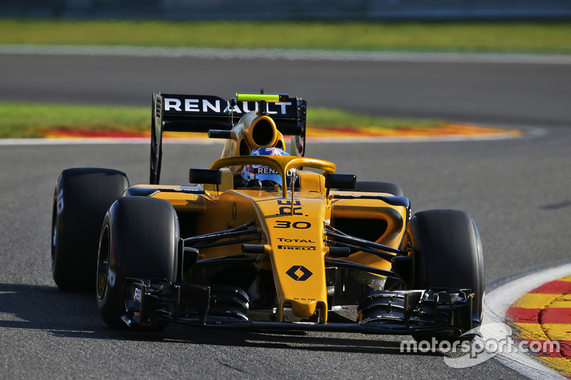 Renault R.S.16, Halo