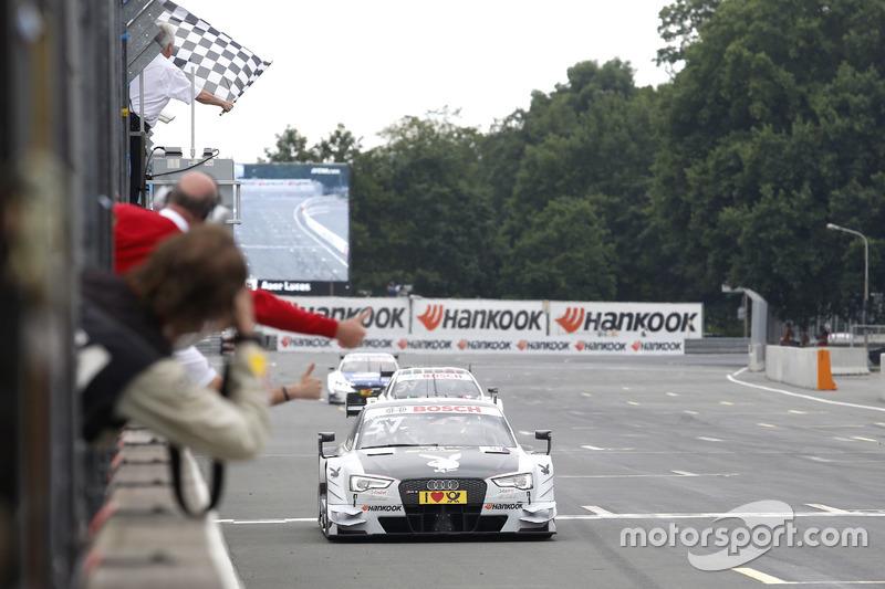 Damalı bayrak: Nico Müller, Audi Sport Team Abt Sportsline, Audi RS 5 DTM