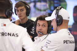 Toto Wolff, Mercedes AMG, with Valtteri Bottas, Mercedes AMG F1