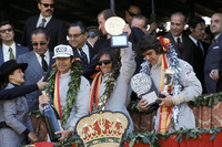 Podium: winner Emerson Fittipaldi, Lotus, second place François Cevert, Tyrrell, third place George Follmer, Shadow
