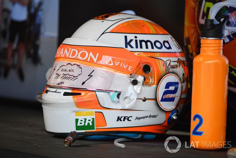 Helm Stoffel Vandoorne, McLaren