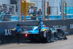 Pierre Gasly, Renault e.Dams crashes