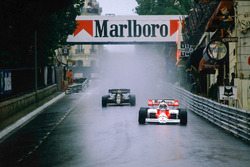 Alain Prost, McLaren MP4\2 TAG Porsche, at Mirabeau, followed by Nigel Mansell, Lotus 95T Renault