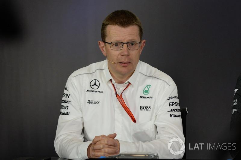 Керівний директор Mercedes AMG Енді Коуелл