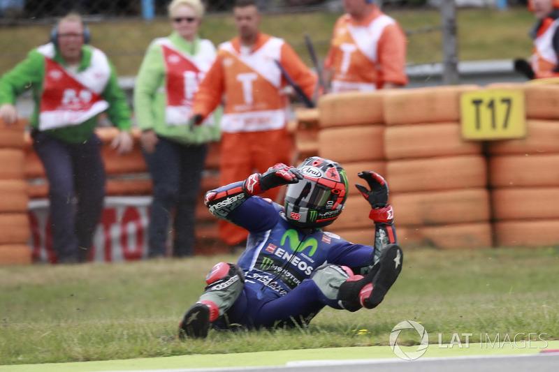 Maverick Viñales, Yamaha Factory Racing, crash