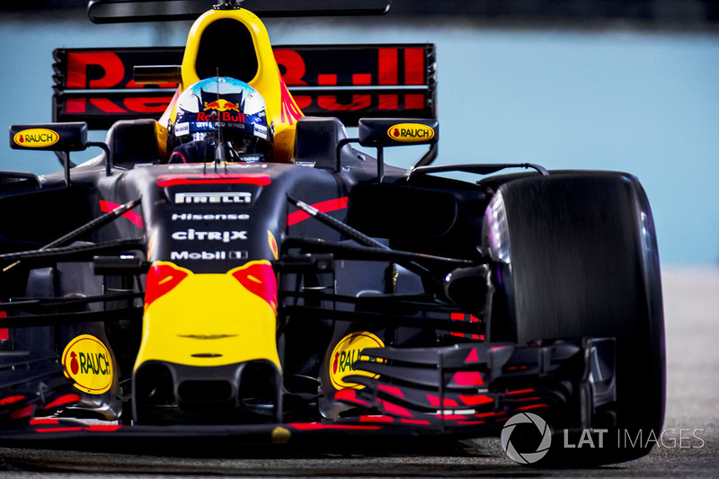 daniel ricciardo f1 store red bull formula 1 merchandise. Black Bedroom Furniture Sets. Home Design Ideas