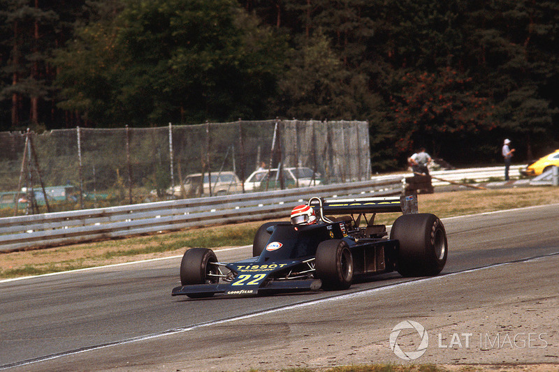 Começou por baixo: Piquet entrou na F1 em equipes modestas em 1978, e, a partir do fim daquele ano, chegou à Brabham dando trabalho ao badalado bicampeão Niki Lauda.