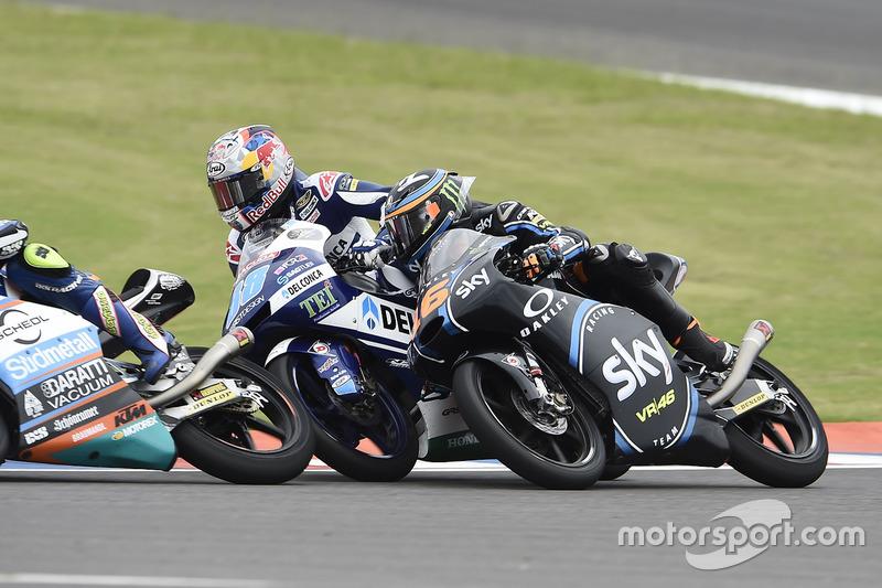 Andrea Migno, Sky Racing Team VR46; Jorge Martin, Del Conca Gresini Racing Moto3