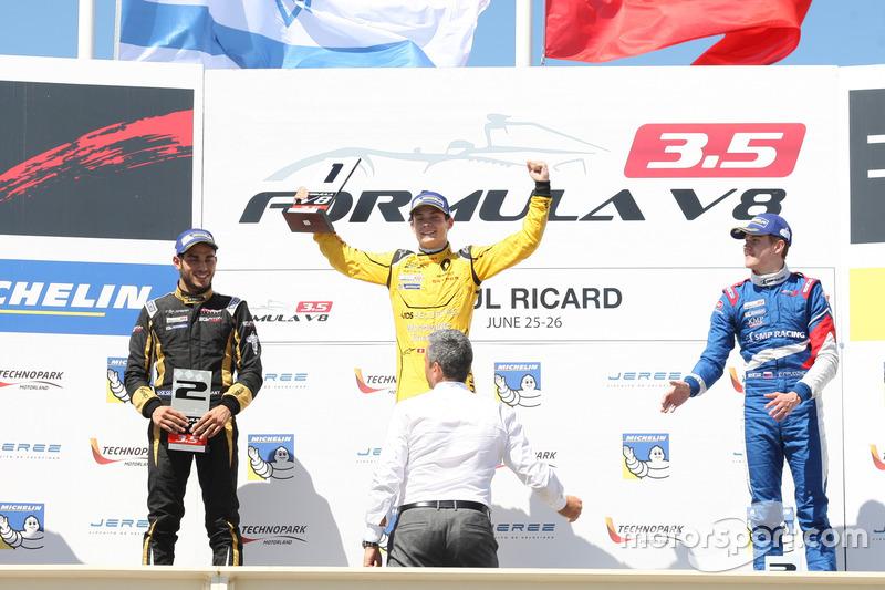 Podyum: 1. Louis Deletraz, Fortec Motorsports, 2. Roy Nissany, Lotus, 3. Egor Orudzhev, Arden Motorsport