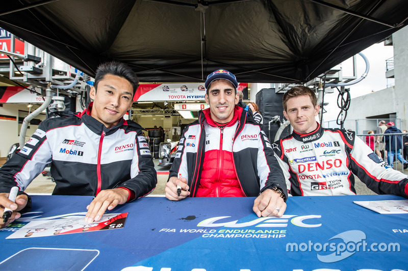 #5 Toyota Racing Toyota TS050 Hybrid: Ентоні Девідсон, Себастьян Бурде, Казукі Накадзіма