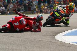 Carlos Checa, Yamaha Team crash and Valentino Rossi, Honda Team