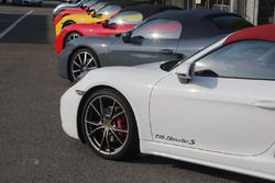 Porsche 718 nel paddock