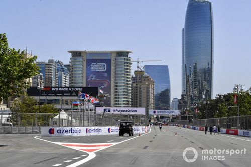 F1 Azerbaijan GP Live Commentary and Updates - Race day