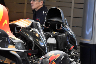 Red Bull Racing RB14 engine change