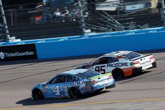 Kevin Harvick, Stewart-Haas Racing, Ford Fusion Busch Light, Regan Smith, Leavine Family Racing, Chevrolet Camaro Procore