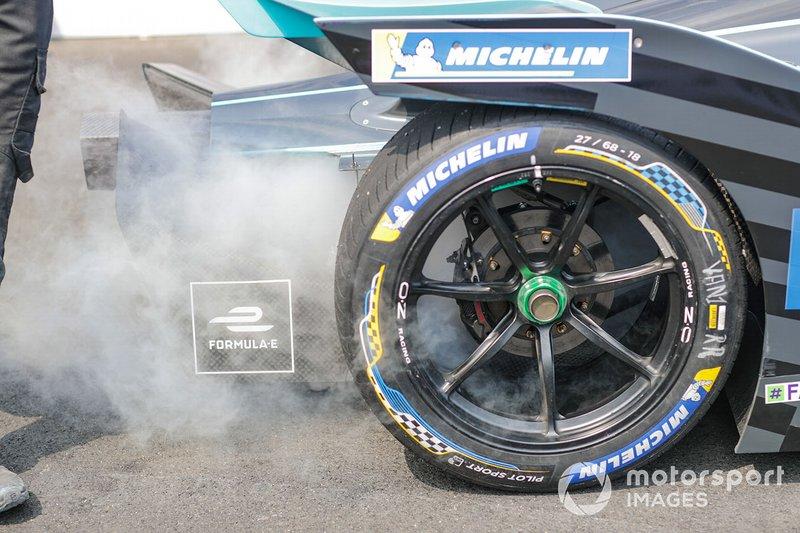 Автомобиль HWA Racelab VFE-05