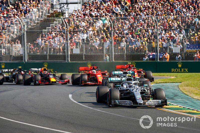 Valtteri Bottas, Mercedes AMG W10 mène au départ