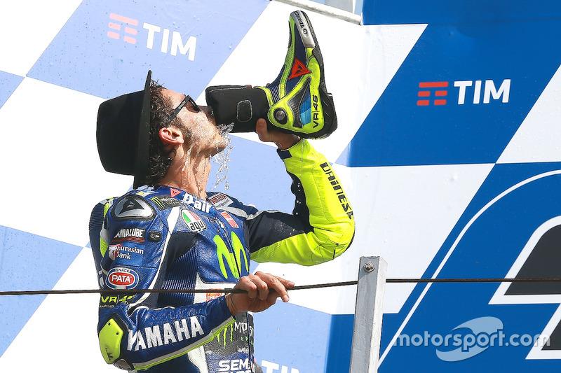 """""""Shoey"""" von Valentino Rossi"""