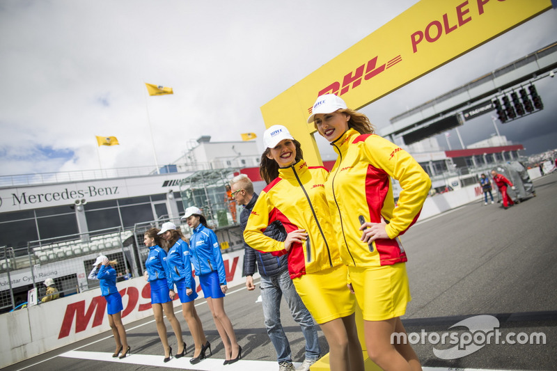 DHL Gridgirls