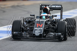 Fernando Alonso, McLaren MP4-31 running sensor equipment
