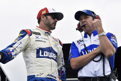 Jimmie Johnson, Hendrick Motorsports, Chevrolet Camaro Lowe's Patriotic and Chad Knaus
