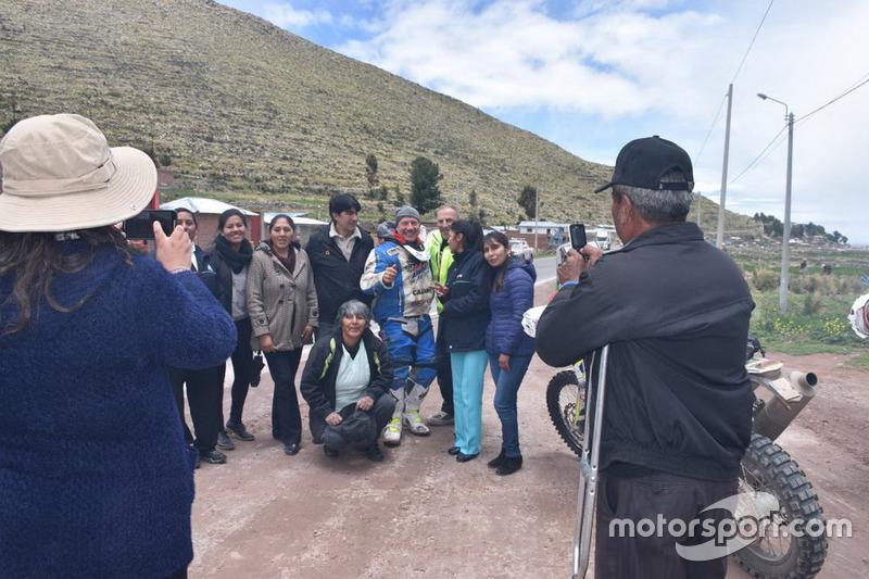 Уболівальники по дорозі в Ла-Пас