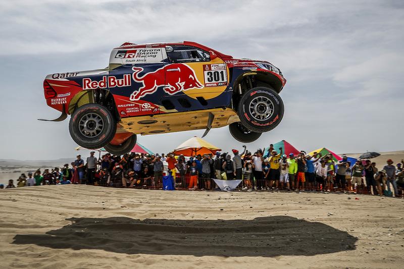 2. #301 Toyota Gazoo Racing Toyota: Nasser Al-Attiyah, Matthieu Baumel