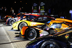 2017 Awards Ceremony with the winner cars