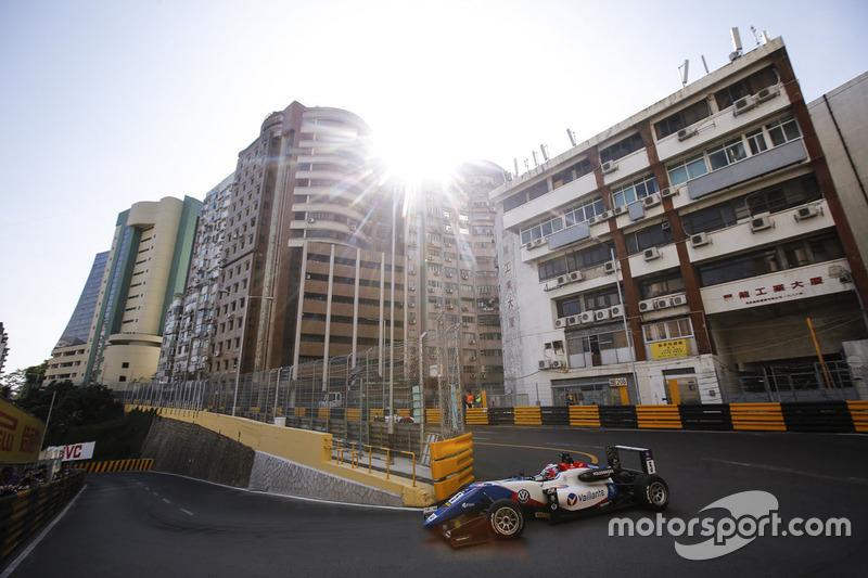 """""""Makao Cadde Pisti"""" (Makao SAR, Çin)"""
