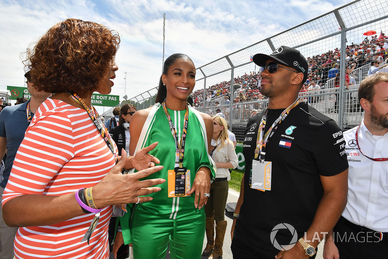 Gayle King, TV Host and Seattle Seahawks Quarterback Russell Wilson, on the grid