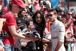 Jules Bianchi, Marussia F1 Team met de fans