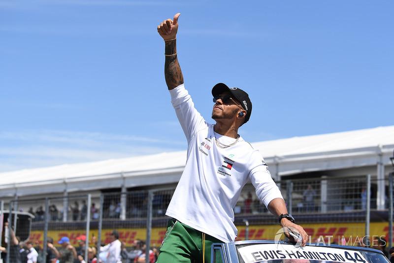 Lewis Hamilton, Mercedes-AMG F1 lors de la parade des pilotes