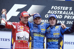 Podio: Ganador de la carrera Giancarlo Fisichella, Renault F1 Team, segundo lugar Rubens Barrichello