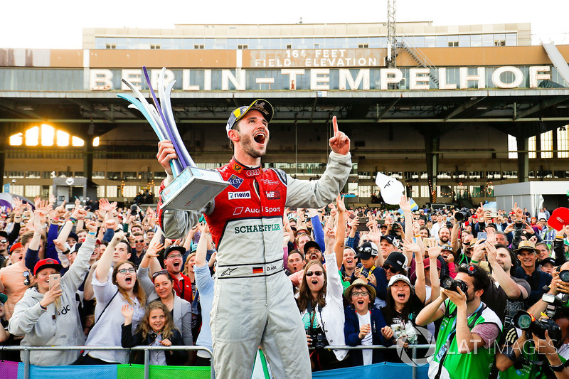 Podio: ganador de la carrera Daniel Abt, Audi Sport ABT Schaeffler