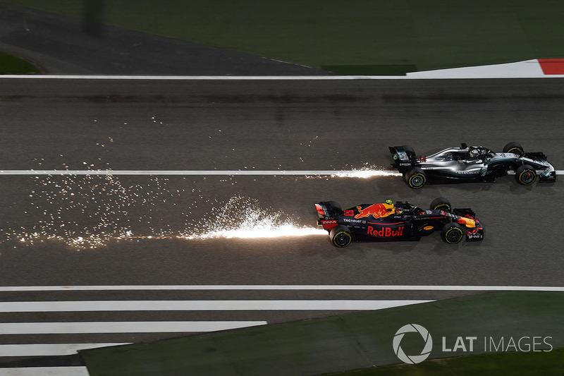 Max Verstappen, Red Bull RB14 und Lewis Hamilton, Mercedes-AMG F1 W09