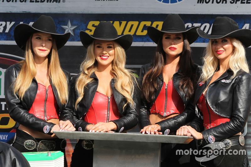 Chicas Texas Motor Speedway