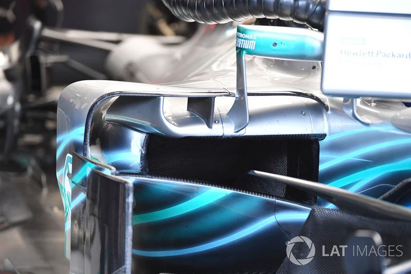 Mercedes-AMG F1 W09 sidepod detail