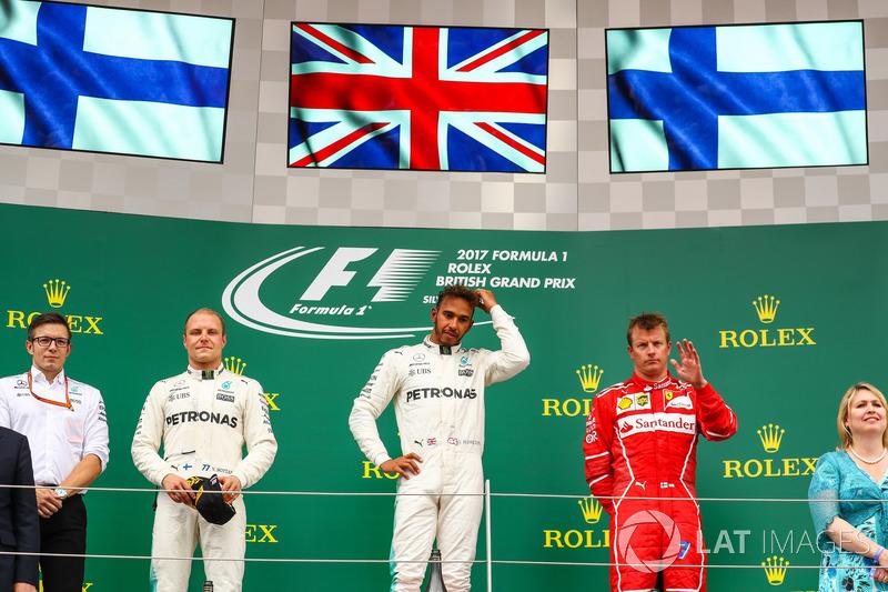 Valtteri Bottas, Mercedes AMG F1, Lewis Hamilton, Mercedes AMG F1 y Kimi Raikkonen, Ferrari en el podio