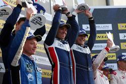 LMP3 Podyum: 1. John Falb, Sean Rayhall, United Autosports
