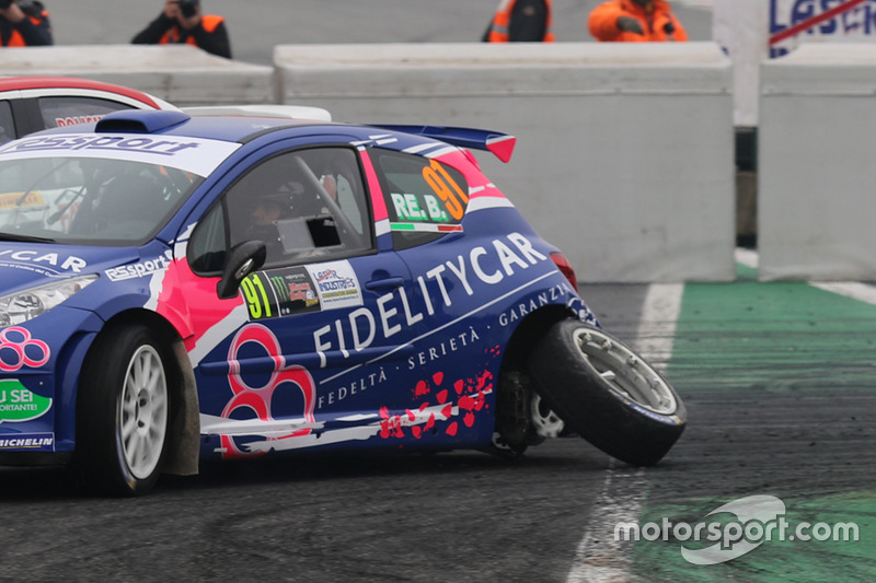 Barsanofio Re, Monica Luca, Peugeot 207