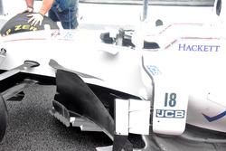 Williams FW40, side