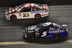 Ryan Blaney, Wood Brothers Racing Ford, Kasey Kahne, Hendrick Motorsports Chevrolet