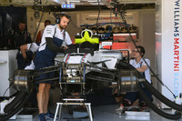 La Williams di Felipe Massa, Williams FW40 viene preparata per for Paul di Resta, Williams